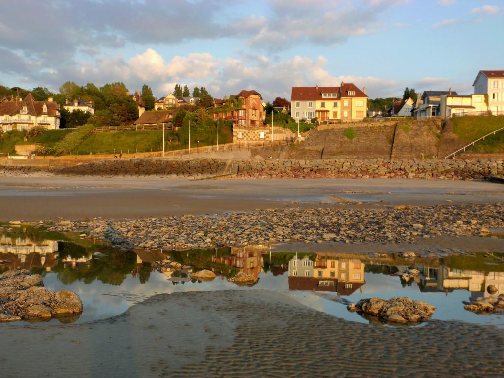 Villerville reflects