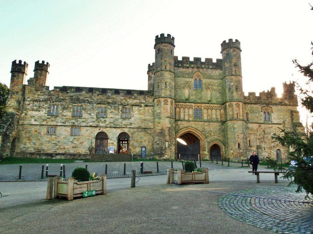 Battle Abbey gatehouse