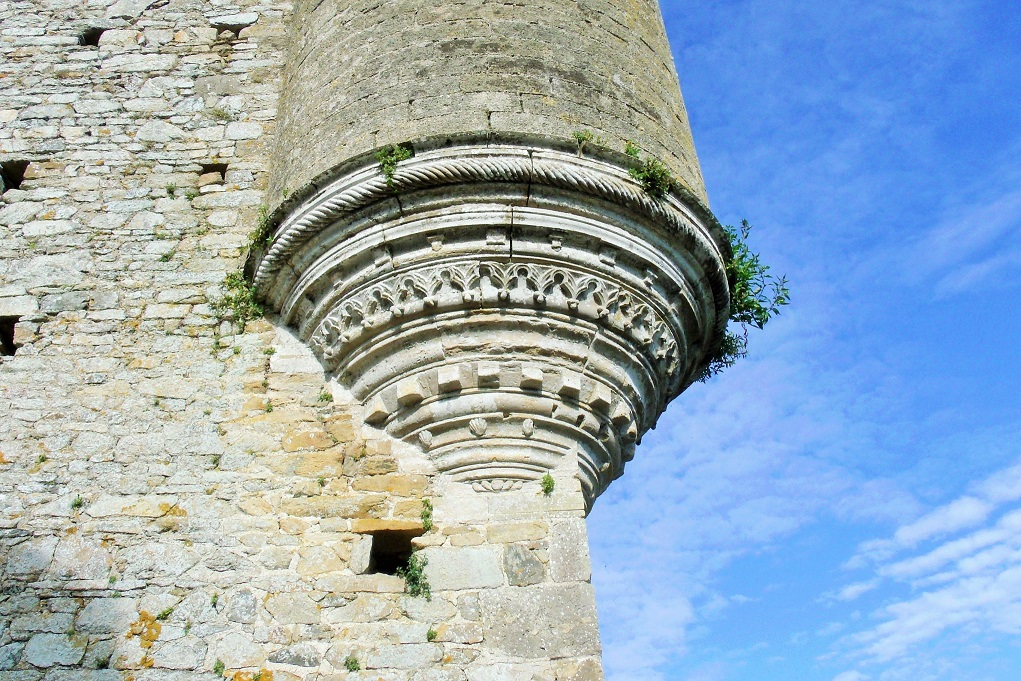 Chateau de Montfort stonework