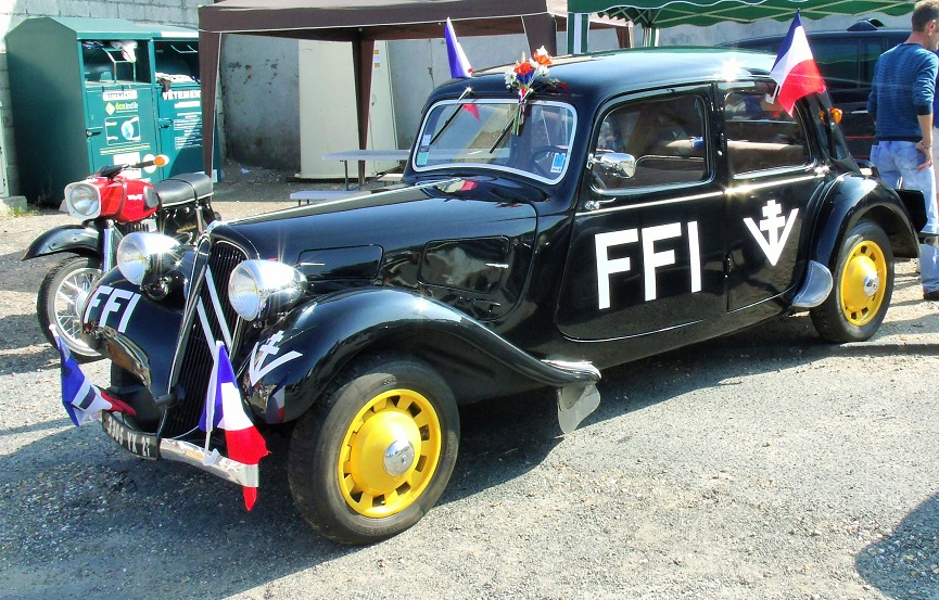 The Resistance, group 'Vengance; were busy around Les Andelys during WW2, celebrating afterwards with cars like this!