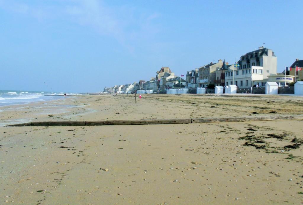 Match! Saint-Aubin-sur-Mer, Calvados,  Normandy