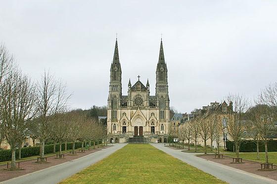Notre-Dame de Montligeon in the Orne