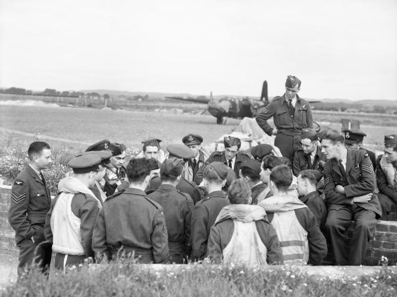 Royal Air Force Bomber Command briefing at Ford, Sussex for the Dieppe Raid