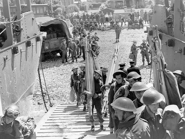 Canadian troops embarking in landing craft during training exercise before raid on Dieppe