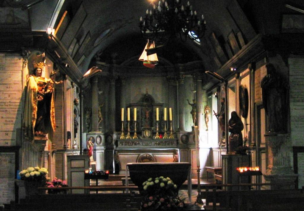 Inside Notre Dame de Grace