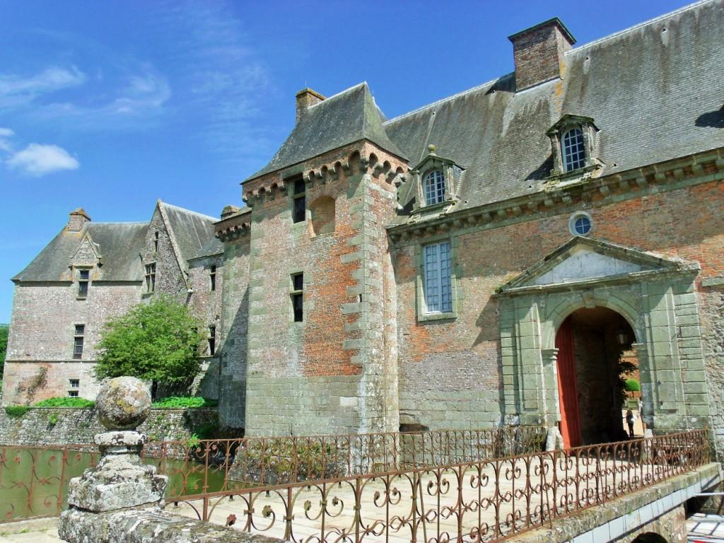 Château de Carrouges entrance