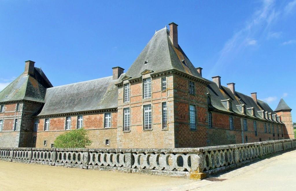 Château de Carrouges match!