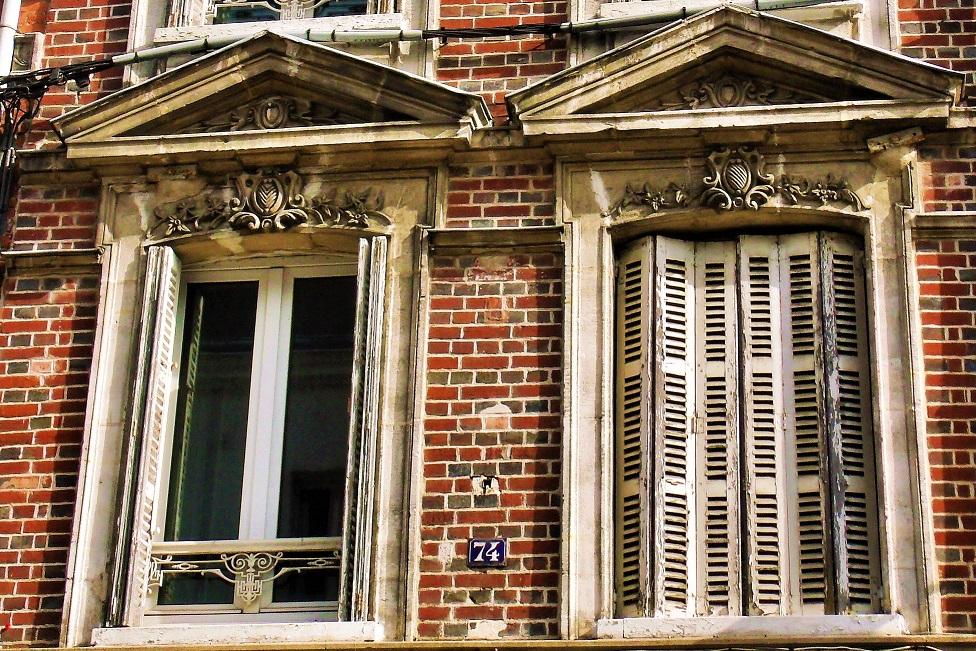 Windows in Bernay, Eure