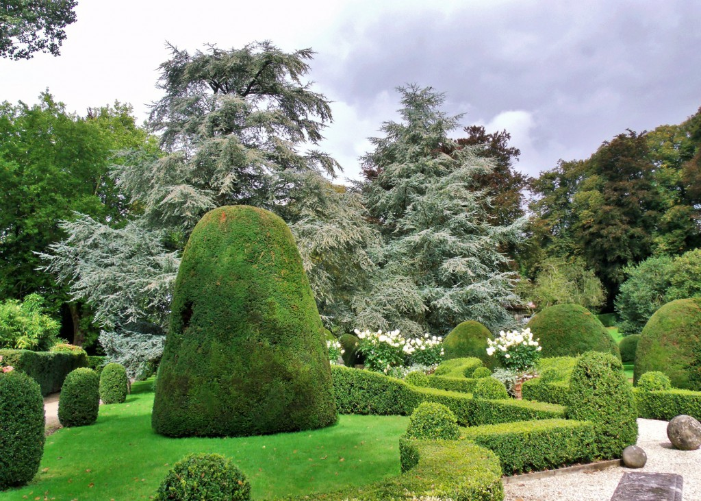 One of Chateau de Boutemont gardens