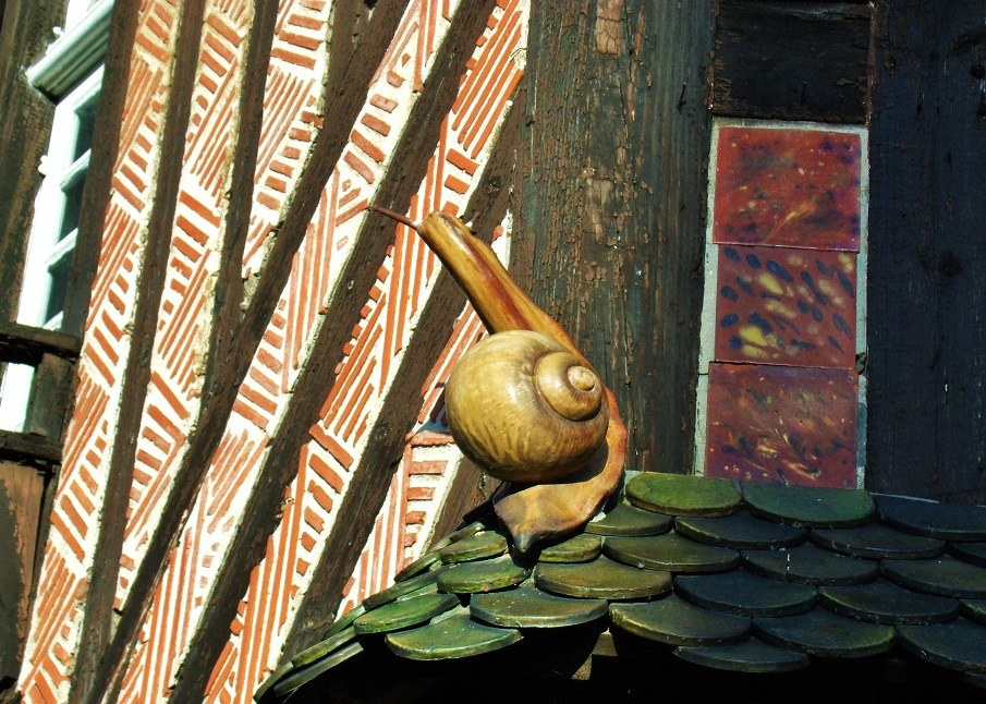Sweet and slimey - snail from Poterie du Mesnil de Bavent