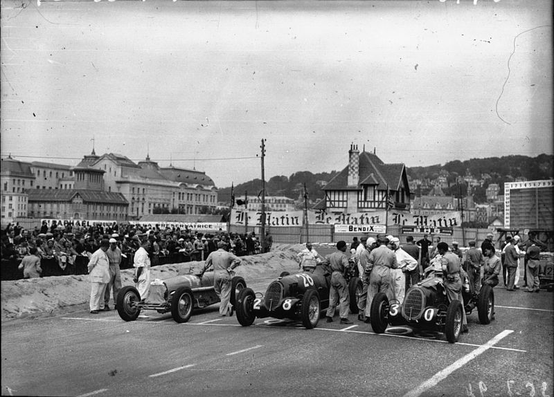 Start of the 1936 Deauville Grand Prix.