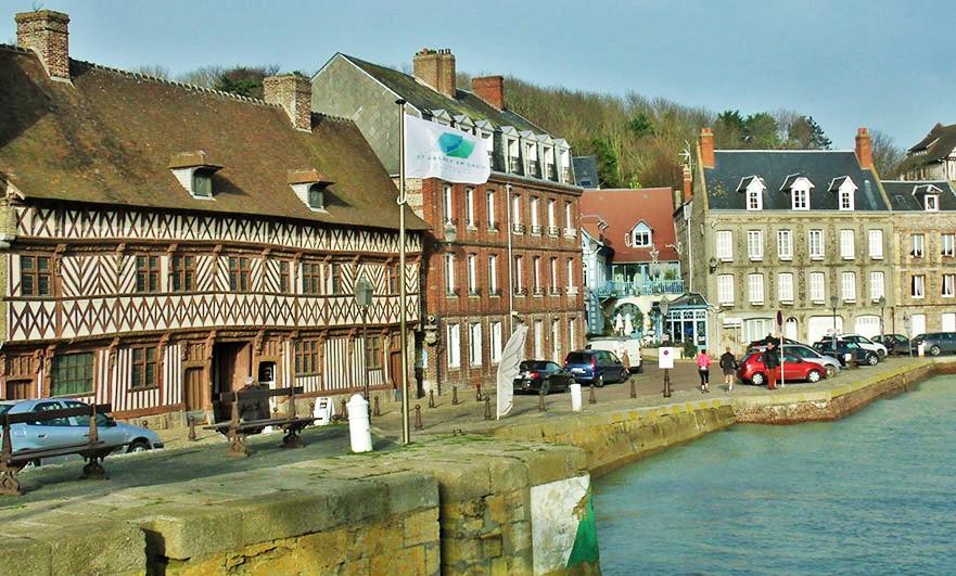 Match! Henry IV House Saint- Valery-en-Caux