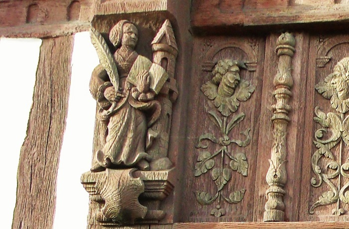 Carving Henry IV House St Valery en Caux