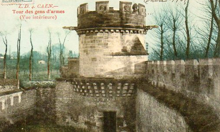 Old postcard showing an inside view of the main wall and east tower.