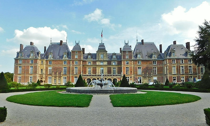 A much restored match! Château d'Eu is a former royal residence in the town of Eu, in the Seine-Maritime department of France, in Normandy