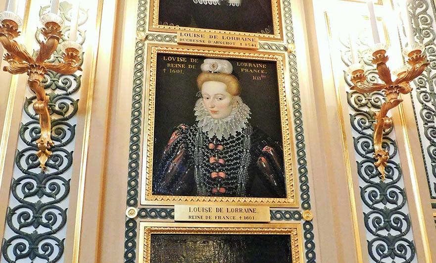 interior-chateau-d-eu-portrait-gallery-louise-de-lorraine