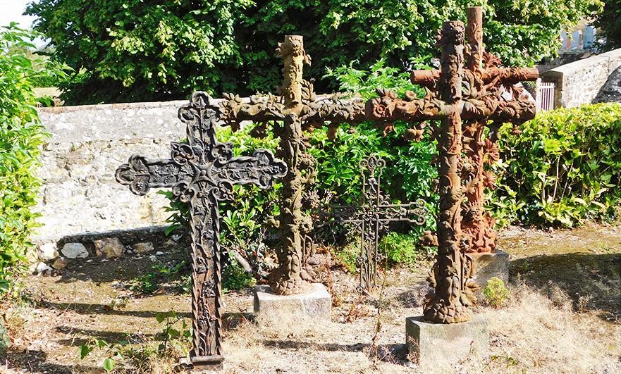graveyard-eglise-d-notre-dame-breville-sur-mer