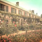 Monet-house-and-garden-Giverny-Normandy-(2)