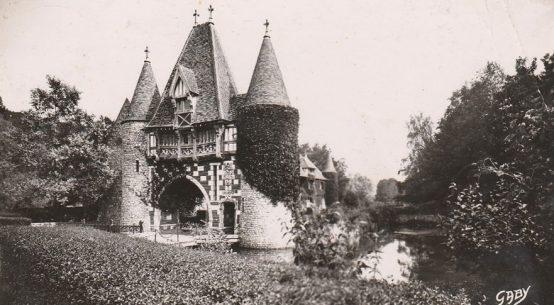 Fatouville la Pommeraye gatehouse