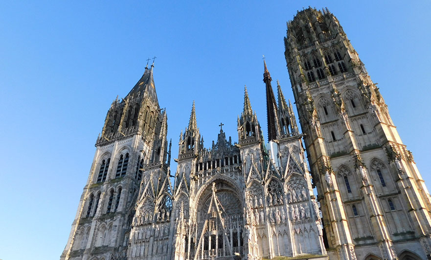 Rouen cathedral, Tour Saint-Romain is the one on the left