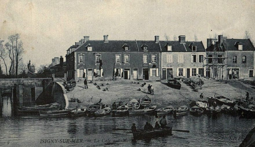 Postcard view of the old fishing quarter at Isigny-sur-mer