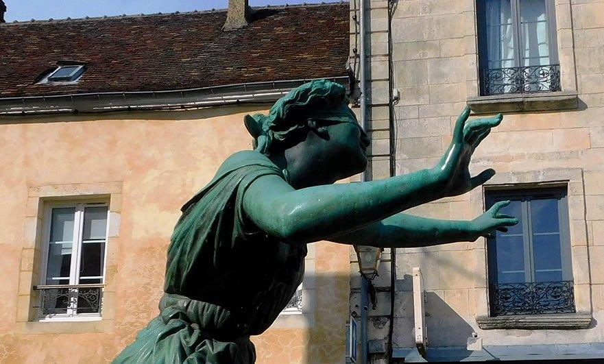 Statue in bronze of Colin-Maillard (Blind Mans's Bluff) (1863) by Victor Leharivel-Durocher,