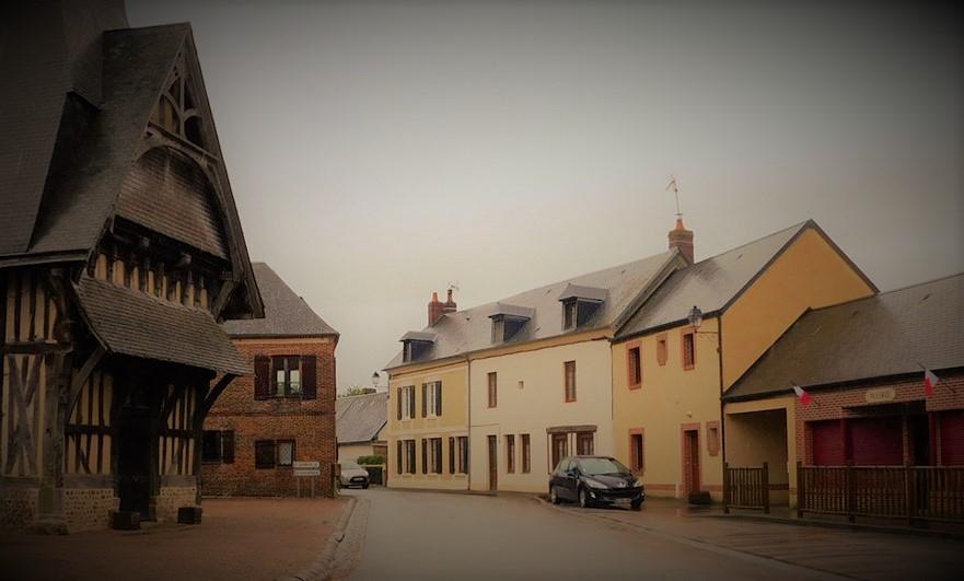 Spooky Saint-Aubin-de-Bonneval match!
