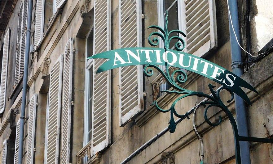 Antique store on Rue Ecuyere