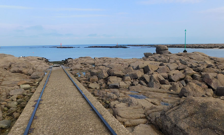 Match! Sort of - the old lifeboat rails at Barfleur