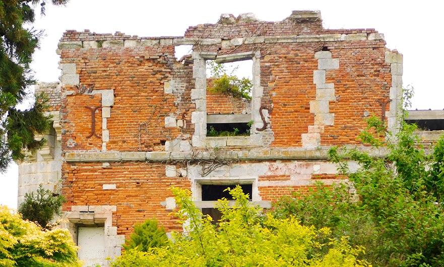 Chateau de Houlbec windows
